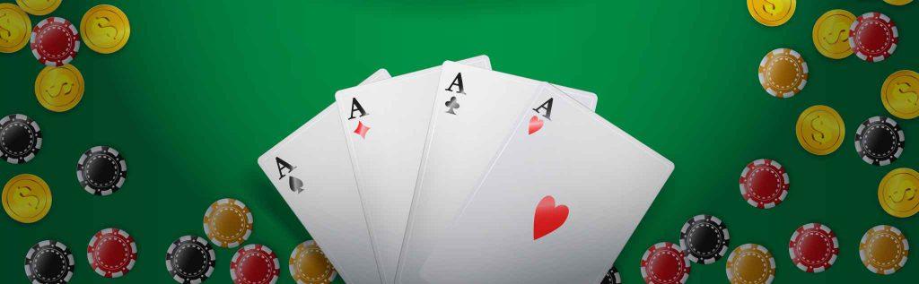 Pokerkaarten op tafel
